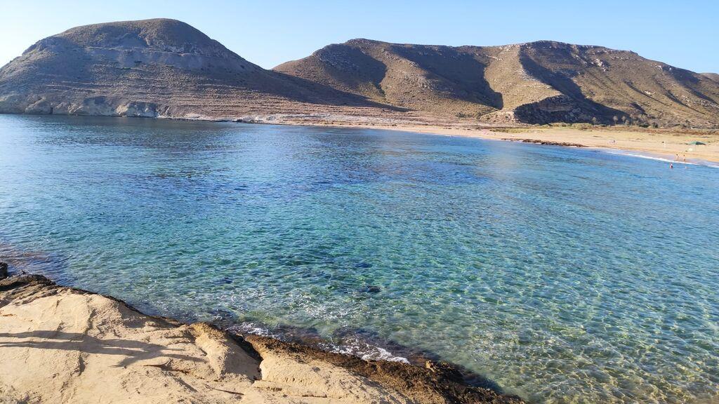 El_playazo_de_Rodalquilar_en_el_Cabo_de_Gata_(Almería,_Spain)