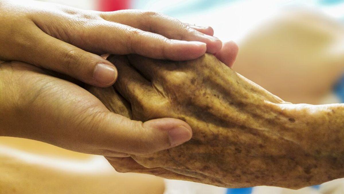 EEUU rectifica y restringe el uso de un tratamiento para el alzhéimer tras cosechar una oleada de críticas