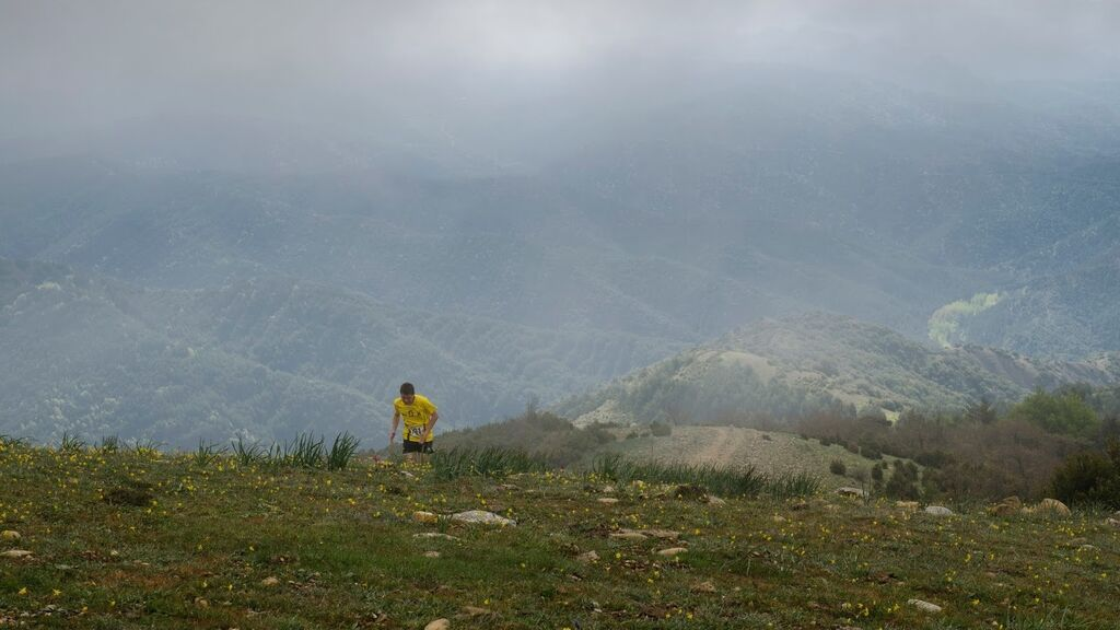 Fallece un corredor de montaña al precipitarse por un cortado del Pirineo