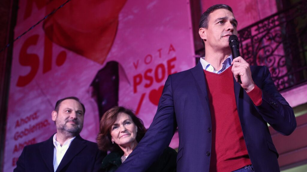 Sánchez prescinde de sus pesos pesados y queda más expuesto en el final de la legislatura