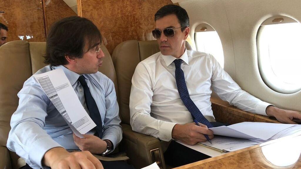 José Manuel Albares, el nuevo ministro de Exteriores que se hizo viral por su imagen en el Falcon con Pedro Sánchez