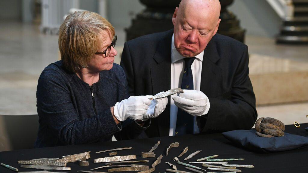 Desvelan los secretos del mayor tesoro vikingo hallado en Gran Bretaña