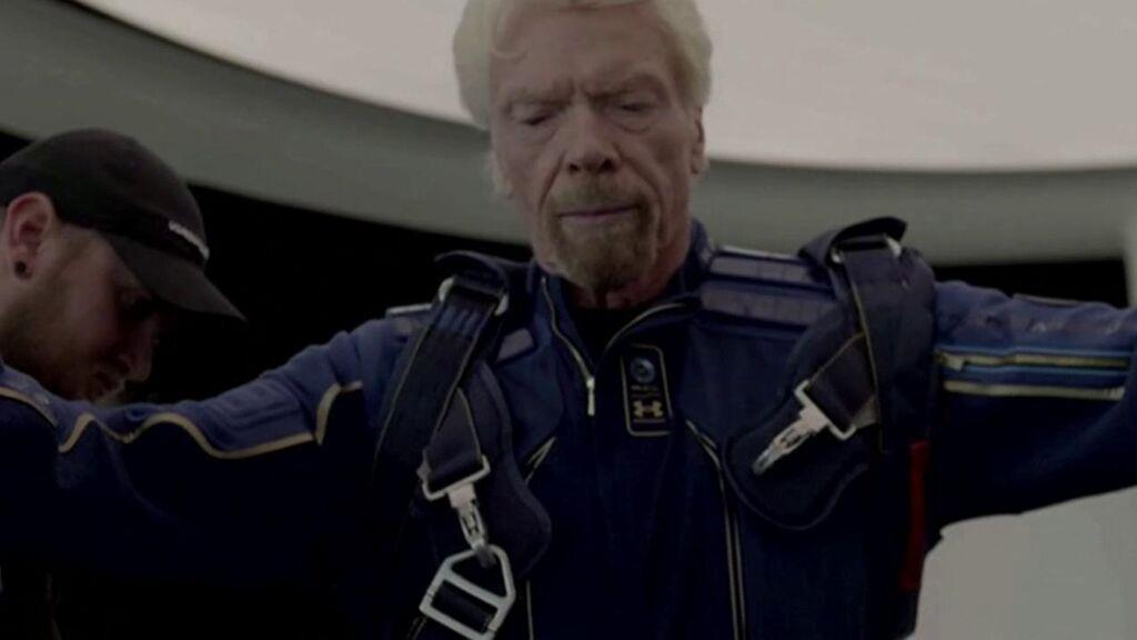 Richard Branson vuela hoy al espacio