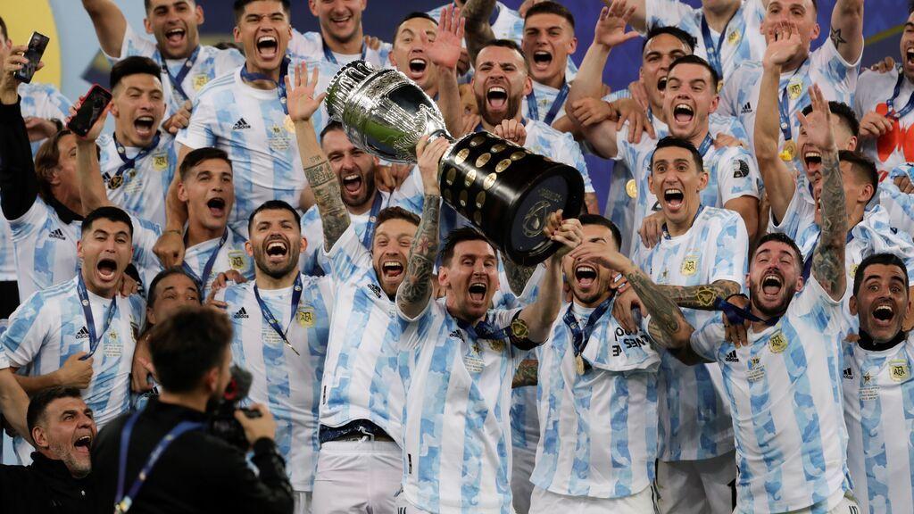 Argentina se impone 1-0 a Brasil en la final de la Copa América en el primer gran triunfo de Messi con la albiceleste