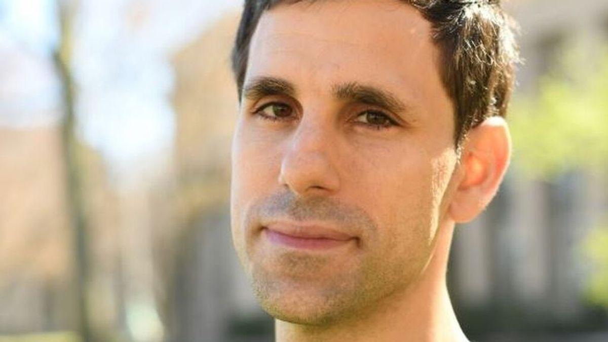 César de la Fuente, el español que ha creado un test para detectar la covid con minas de lápices