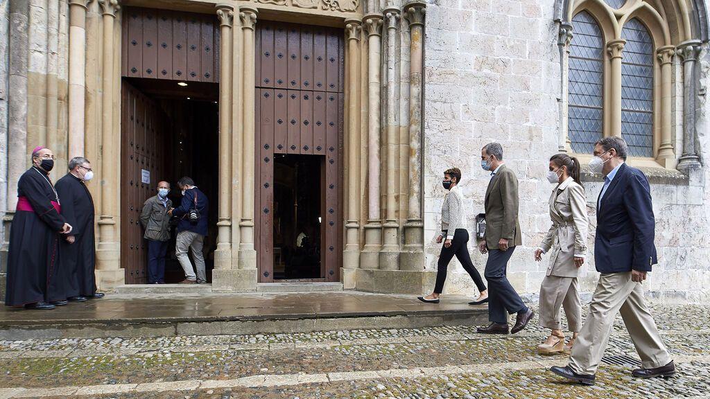 Los Reyes visitan la capilla del Sancti Spiritus