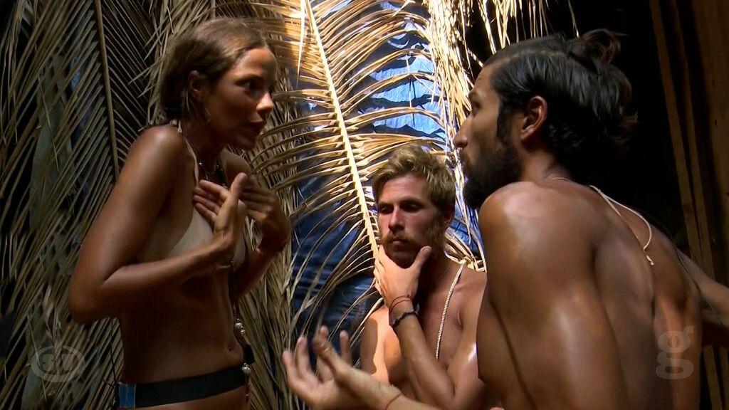 Melyssa le explica a Gianmarco