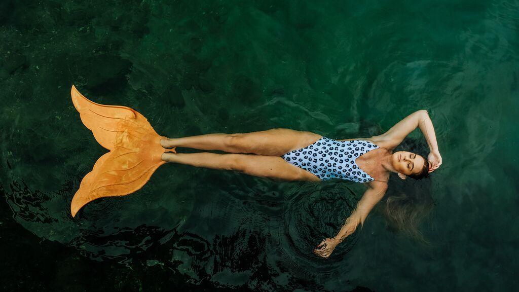 Adiós a las marcas del moreno: estos bañadores que dejan pasar el sol son la solución