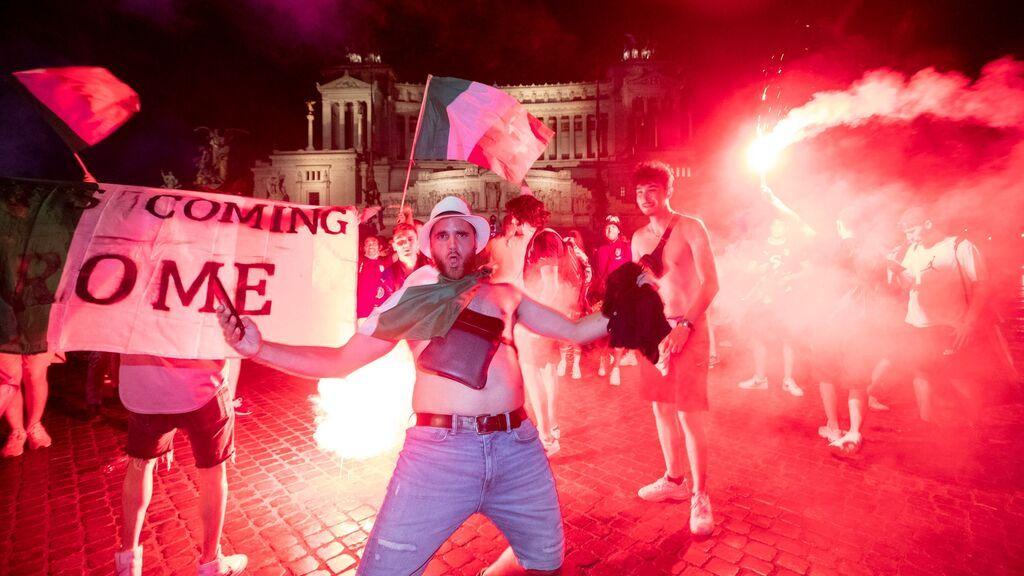 Italia se echa a las calles para celebrar su segunda Eurocopa