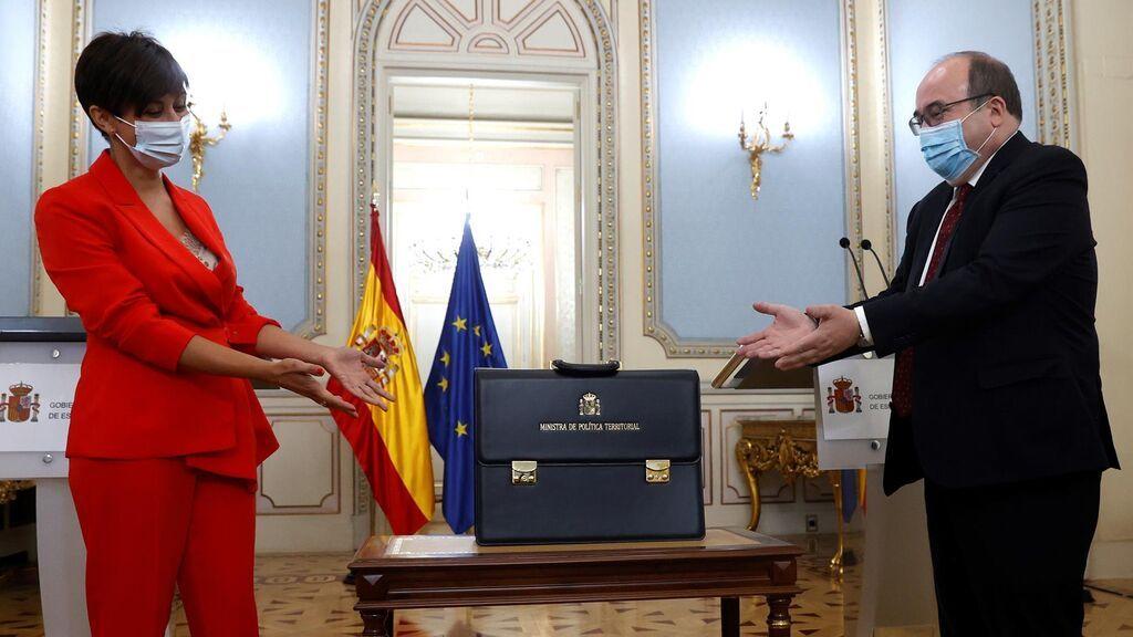 Iceta no oculta su decepción por dejar Política Territorial ante su sucesora, Isabel Rodríguez