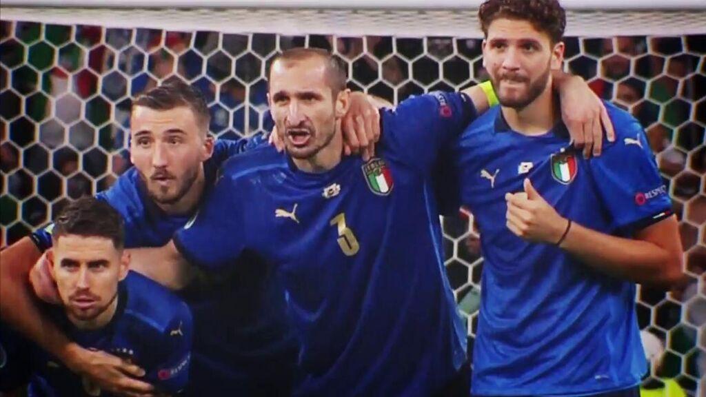 """Chiellini recurrió a una de las maldiciones más antiguas del fútbol: Gritó """"Kiricocho"""" en los tres penaltis fallados de Inglaterra"""
