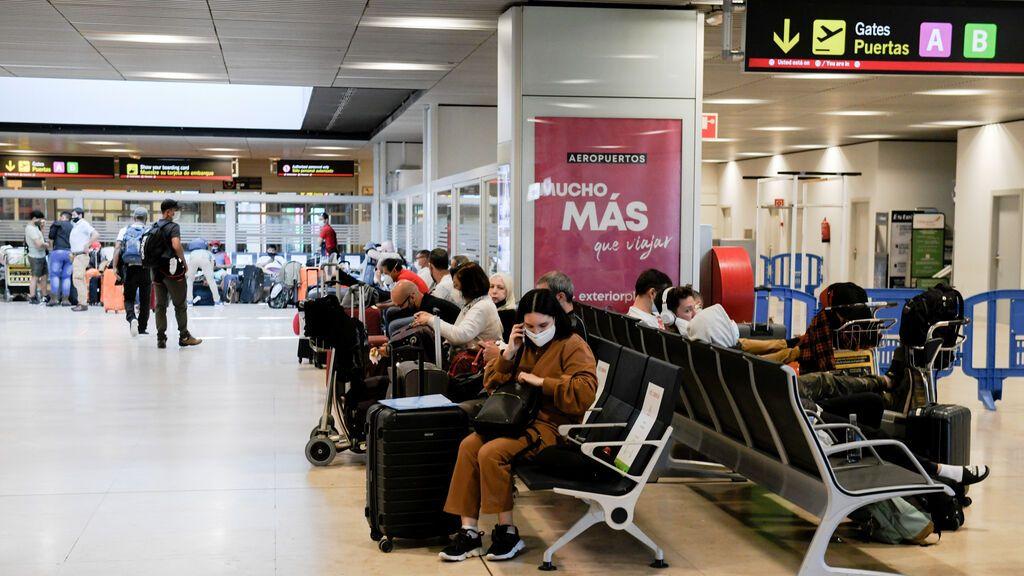 El sector turístico cerrará el año con 81.973 millones de euros de actividad, un 47% menos que en 2019