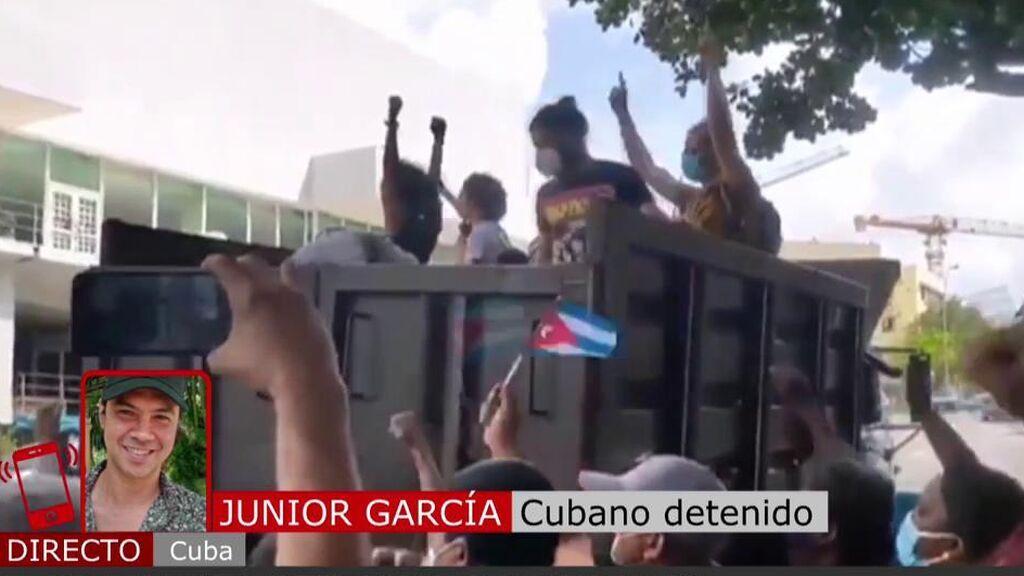 """Junior García, detenido en Cuba: """"Nos golpearon y nos metieron en un camión de la basura"""""""