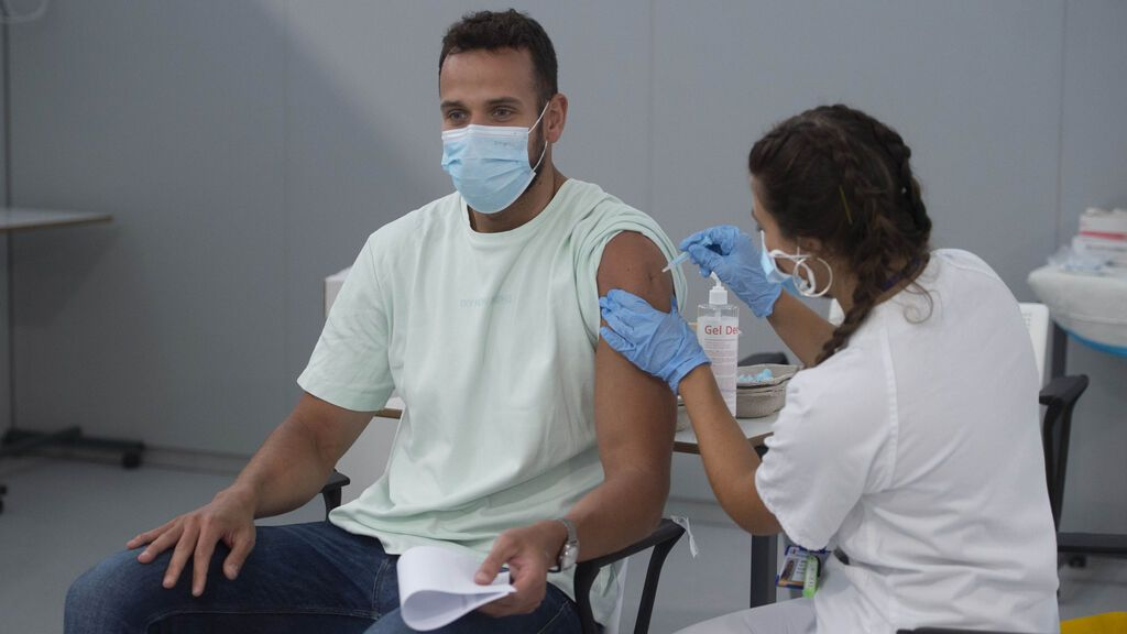 España alcanza el 60% de población vacunada con al menos una dosis