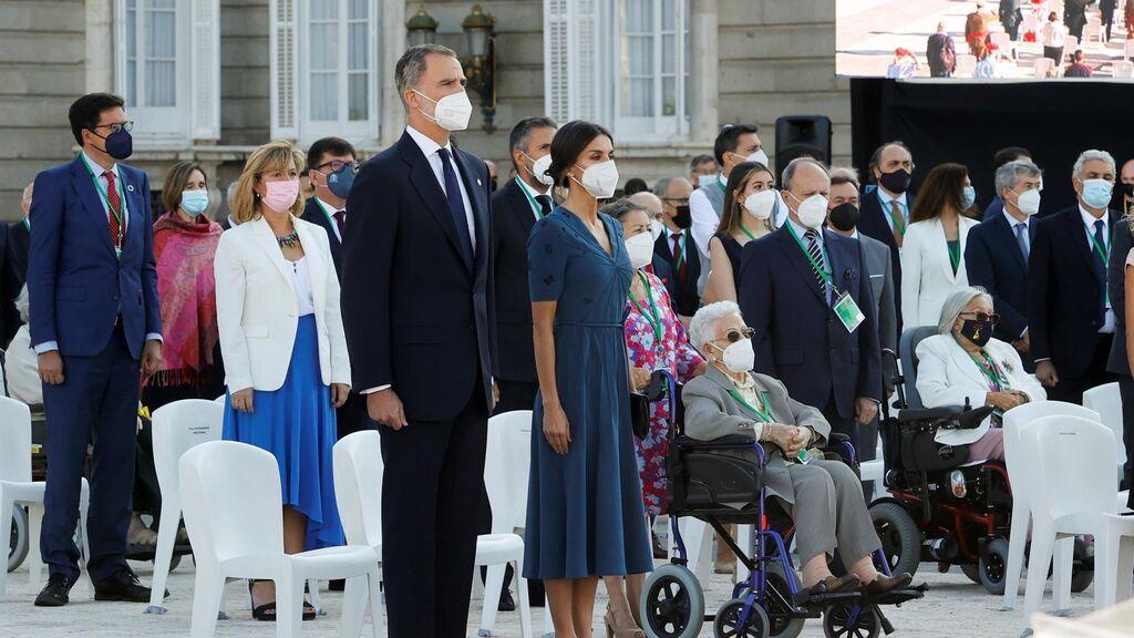 Homenaje de  Estado a las víctimas del covid:  Conmovedor minuto de silencio