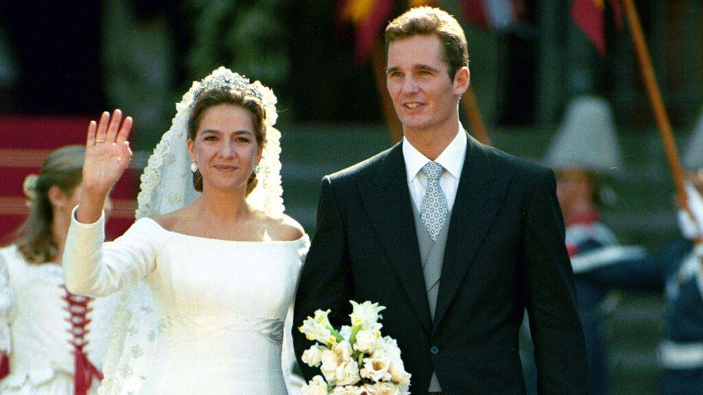 Todos los detalles del vestido de novia de la Infanta Cristina: desde el diseño que le cambió la vida a Lorenzo Caprile hasta su parecido con el de Meghan Markle