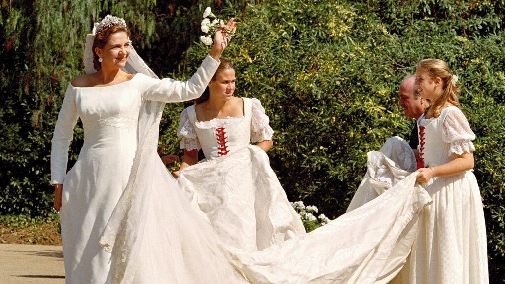 El vestido fue diseñado por Lorenzo Caprile.