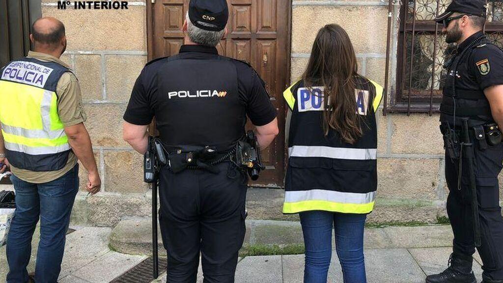 Cuatro mujeres detenidas por coaccionar a una víctima de violencia de género en Zaragoza