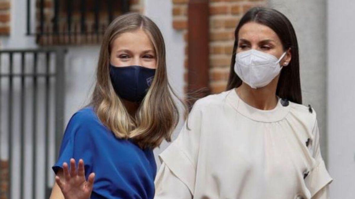 Última hora del coronavirus: La reina Letizia y la princesa Leonor se vacunan