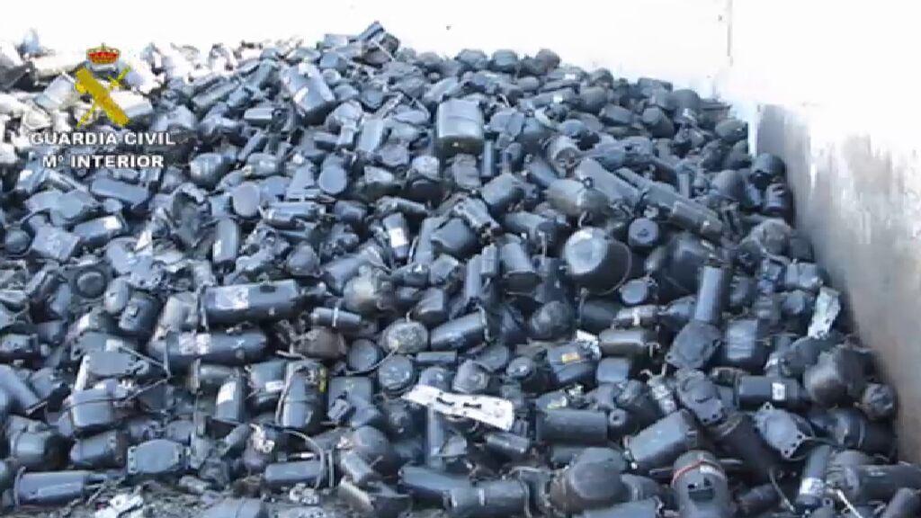 La Guardia Civil investiga 22 empresas de residuos de 8 provincias por delitos contra el medio ambiente