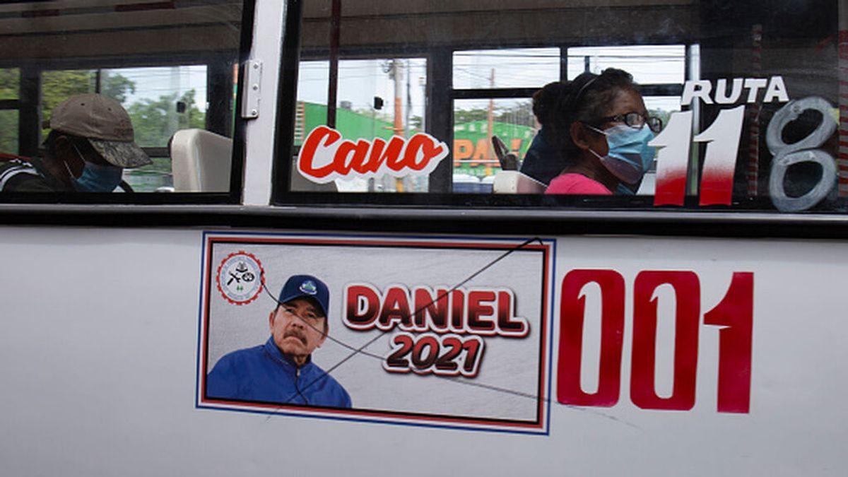 Ortega celebra 42 aniversario de la revolución sandinista con tres líderes encarcelados
