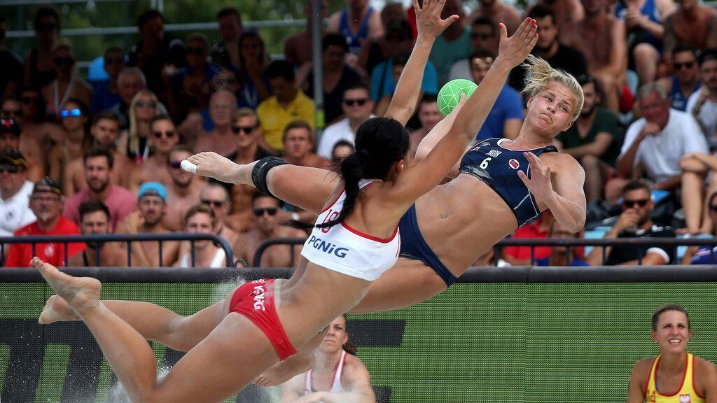 Las jugadoras noruegas de balonmano playa