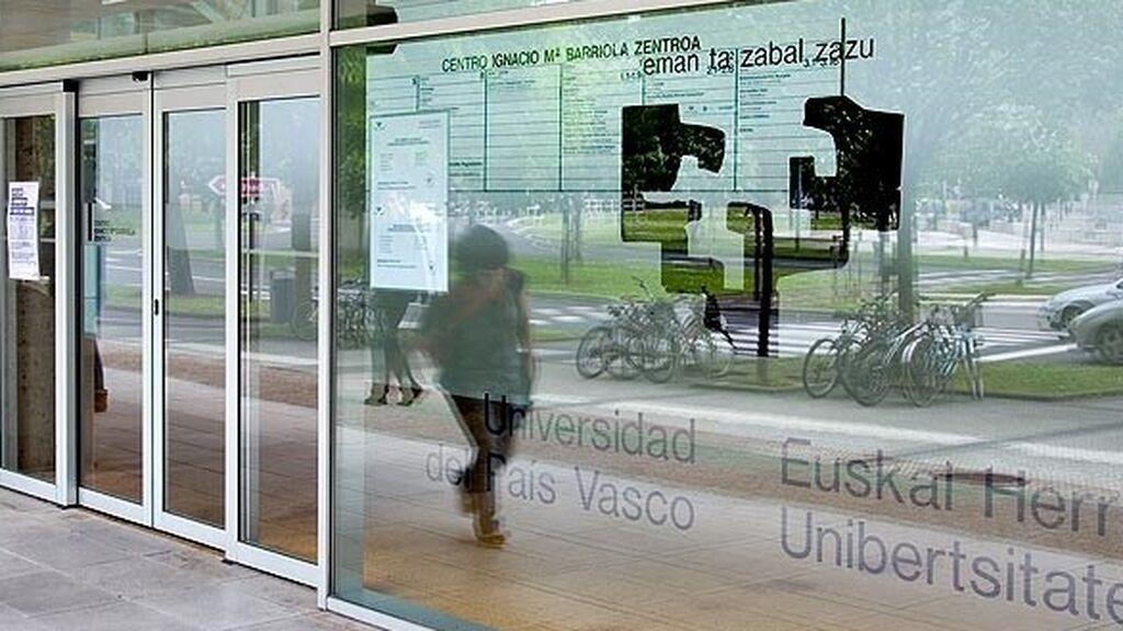 Suben las preinscripciones y las notas de corte en los grados universitarios del País Vasco