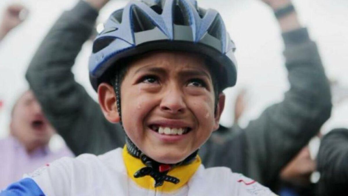 Muere Julián Gómez, el niño que lloró cuando Egan Bernal ganó el Tour de Francia