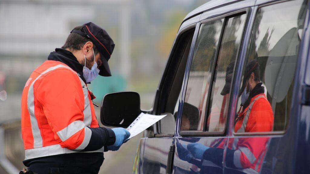 La Ertzaintza reforzará desde este lunes la inspección de camiones y autobuses