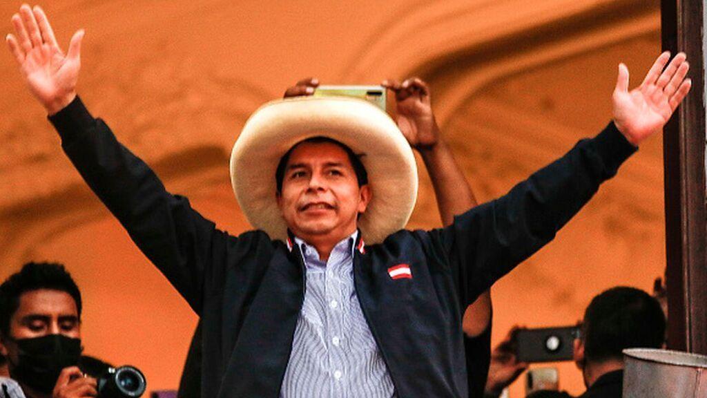 Fujimori reconoce la victoria de Castillo, presidente electo de Perú
