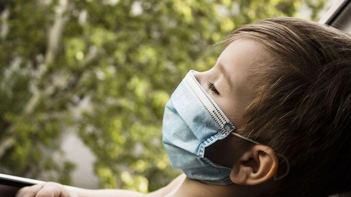 Los pediatras recomiendan el uso de mascarillas en las escuelas incluso si los niños están vacunados contra el covid