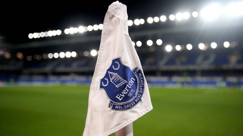 Un jugador del Everton, arrestado por supuestos abusos sexuales a menores: tiene 31 años y es internacional