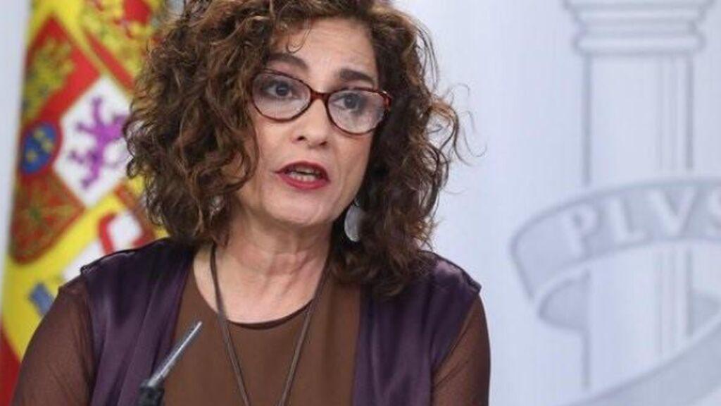 Hacienda acepta oposiciones no eliminatorias y eximir de ellas a interinos de  más de 10 años