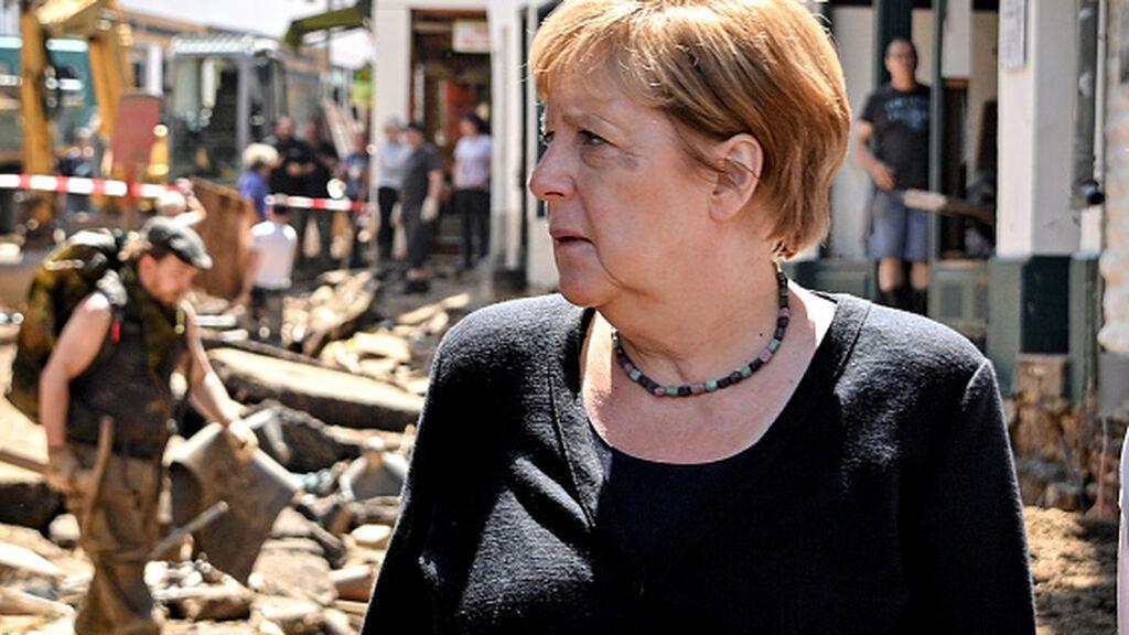 Merkel prepara cientos de millones de euros para las regiones inundadas