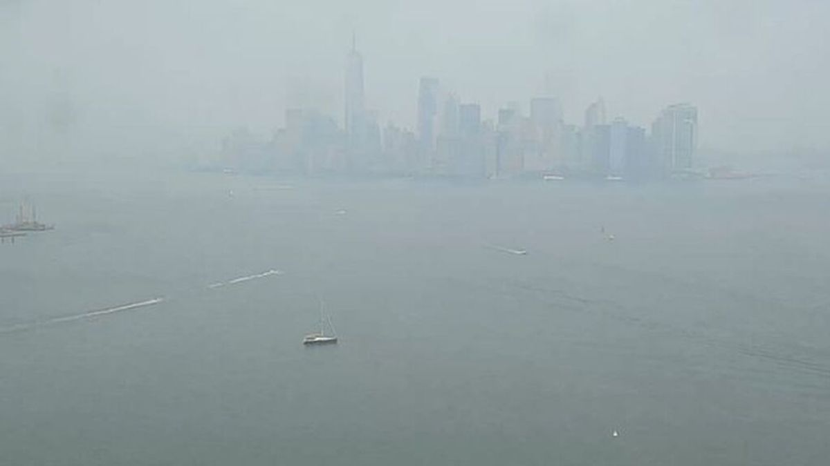 Alerta en Nueva York: el humo de los incendios de la costa oeste desploma la calidad el aire