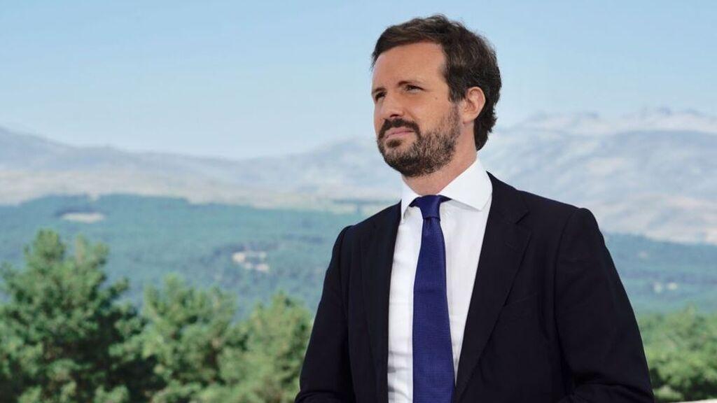 """Casado acusa a Sánchez de """"desenterrar viejas heridas"""" con la ley de Memoria Democrática por rédito electoral"""