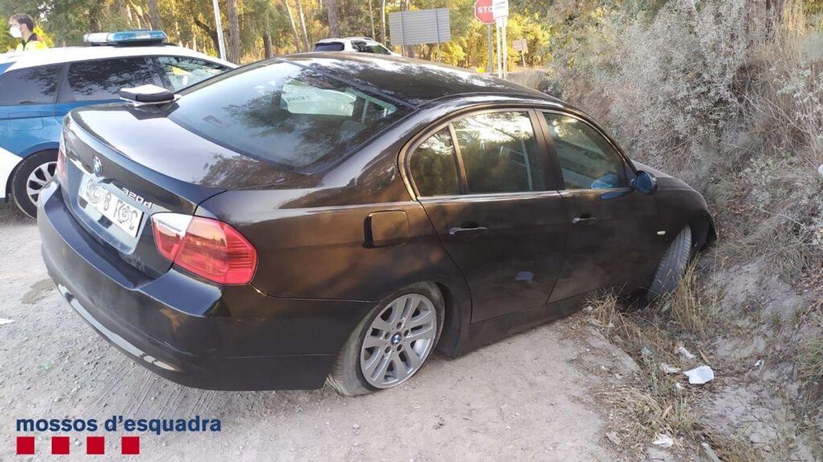 Un conductor bebido sufre un accidente en Caldes de Malavella, abandona a su hijo en una rotonda y huye andando