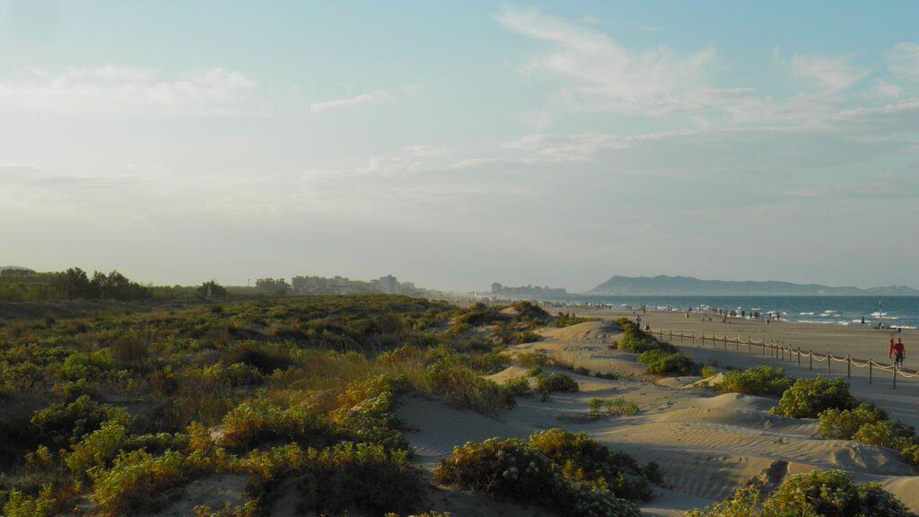 L'Ahuir, una playa cerca de Gandía.