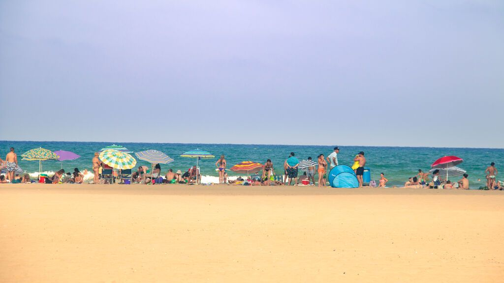 Playa urbana de La Malvarrosa, en Valencia.