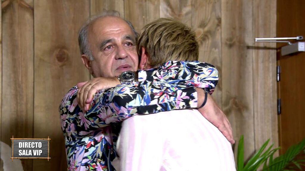 Tom se reencuentra con su padre tras ser expulsado de 'Supervivientes 2021'