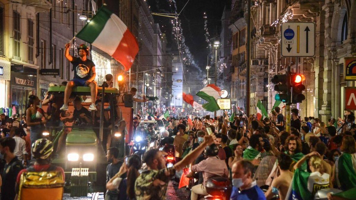 Italia culpa del repunte de contagios a las celebraciones por la victoria en la Eurocopa