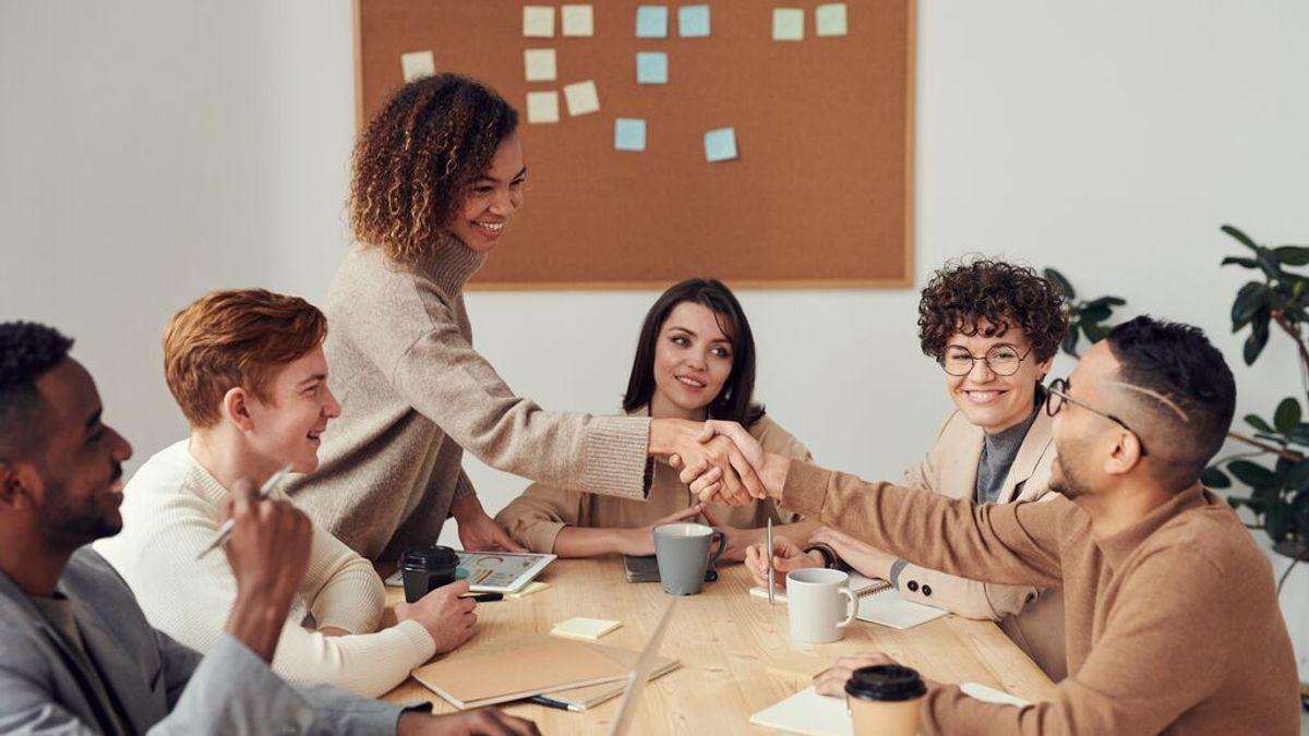 Cinco maneras de ser más felices en el trabajo (y por qué Schopenhauer tenía razón)