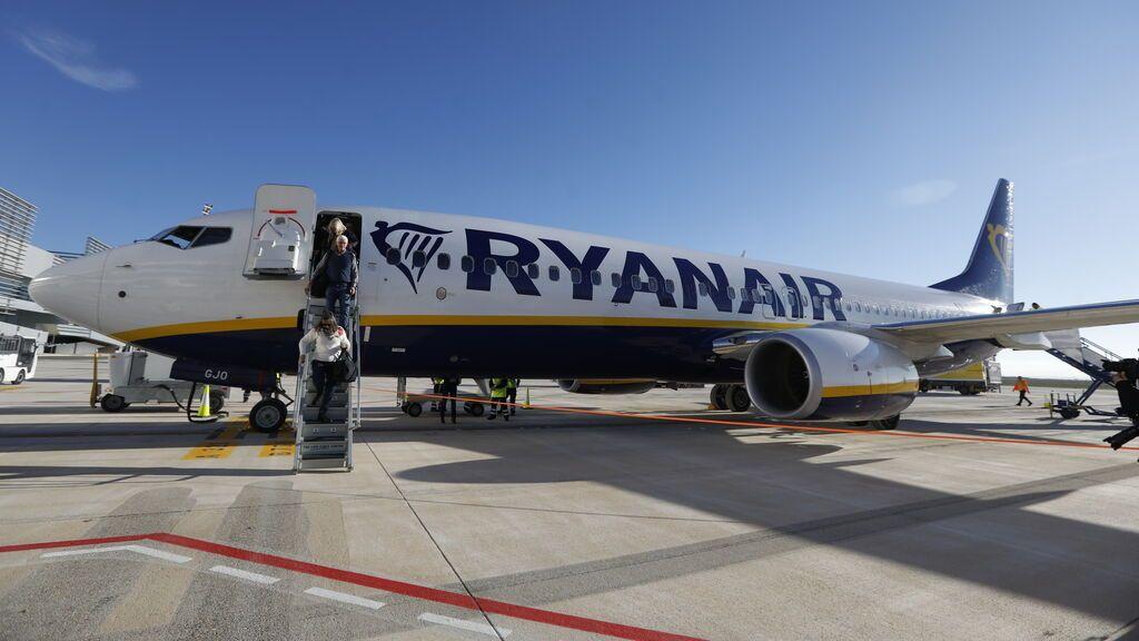 Una falsa amenaza de bomba obliga a desviar un avión a Sevilla