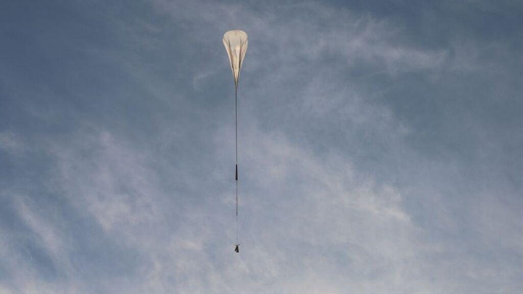 Telescopio SuperBIT: así es el proyecto que quiere elevar un globo sobre las nubes para mirar el espacio