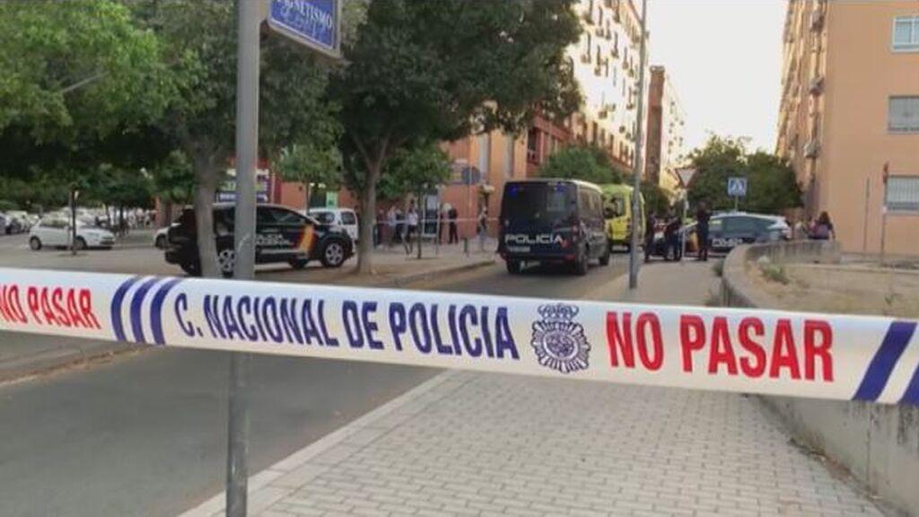La Policía abate a un atracador de un supermercado en Sevilla