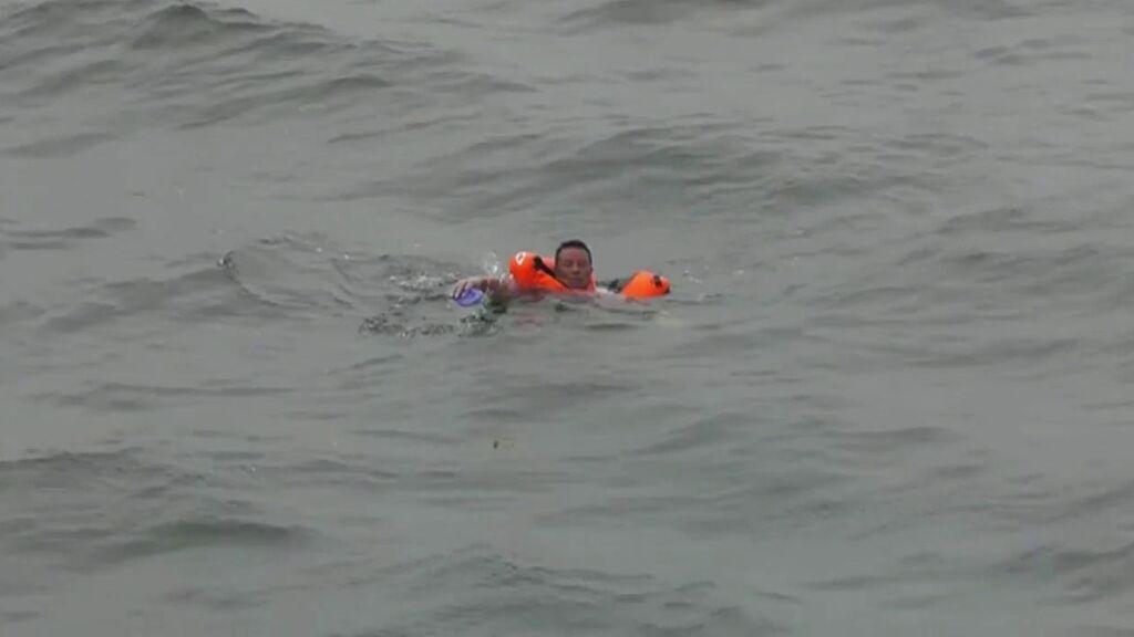 Rescatan a un hombre que llevaba 49 horas en el mar tras el naufragio de su embarcación
