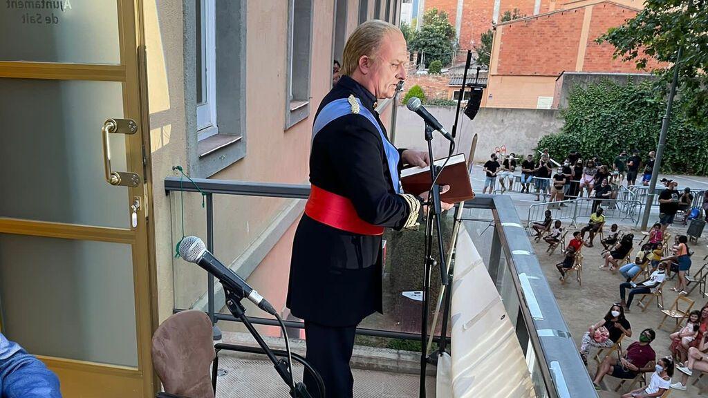El Ayuntamiento de Salt 'contrata' al rey Juan Carlos I para inaugurar su fiesta mayor