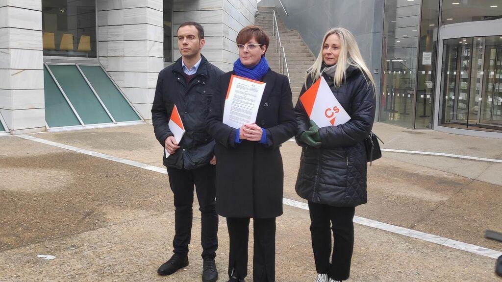 Cs abre un expediente de expulsión a Ángeles Ribes, su portavoz en el Ayuntamiento de Lleida