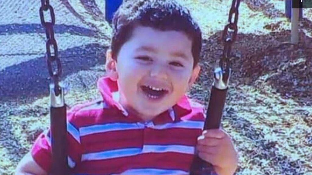 Hallan muerto a un niño en una ruta de senderismo: la madre está acusada de haberle estrangulado