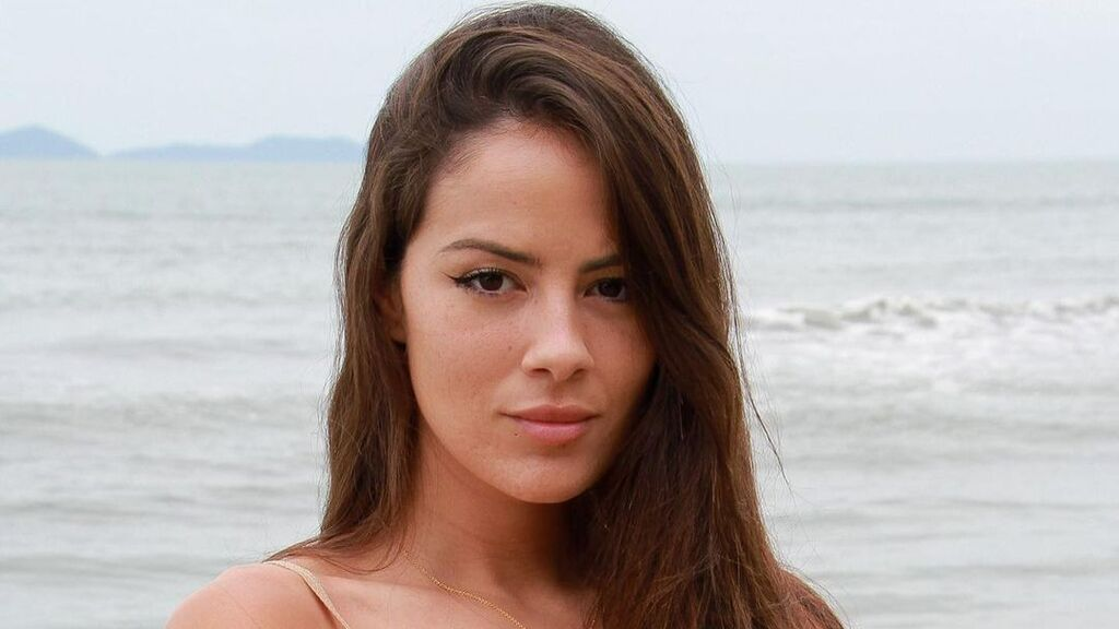 Melyssa Pinto y Sergi Castro posan juntos por primera vez tras la aventura de 'Supervivientes'